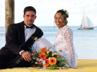 wedding_at_le_preskil_beach_resort_mauritius_just_married_couple.jpg