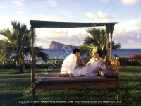 wedding_at_paradise_cove_mauritius_just_married_couple_coin_de_mire_view.jpg