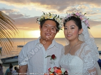 honeymoon_mauritius_yu_rui_and_wang_guanghui_at_the_bay_hotel.JPG