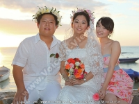 mauritius_honeymoon_yu_rui_and_wang_guanghui_at_the_bay_hotel.jpg
