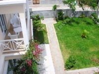 apartment_caprice_mauritius_garden_view_from_balcony_view.jpg