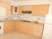apartment_le_grenadier_mauritius_kitchen_view.jpg