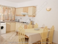 apartment_orchidee_mauritius_kitchen_view.jpg