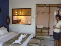 laguna_beach_hotel_and_spa_mauritius_standard_room_view.JPG