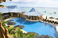 pearle_beach_hotel_mauritius_swimming_pool.jpg