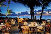 le_victoria_hotel_mauritius_couple_at_la_casa_restaurant.jpg
