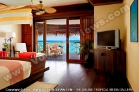 kanuhura_resort_maldives_water_villa_room.jpg