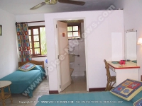 bed_and_breakfast_noix_de_coco_mauritius_double_room_view.jpg