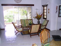 bed_and_breakfast_noix_de_coco_mauritius_living_room_view.jpg