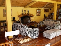lodge_lakaz_chamarel_mauritius_living_room_view.jpg
