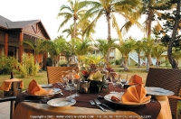 les_villas_du_recif_hotel_reunion_restaurant_set_up.jpg